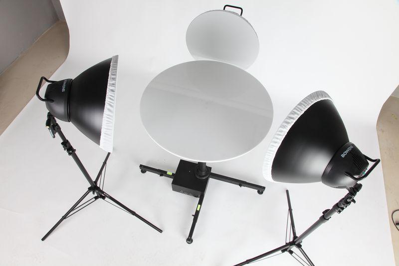 360 turntable in photography studio