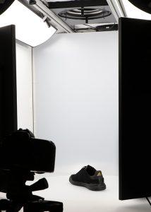 black sport shoe in 360 photography studio 3