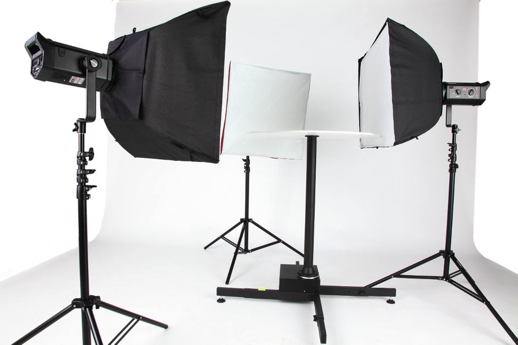 Photography studio for 360 degree photography