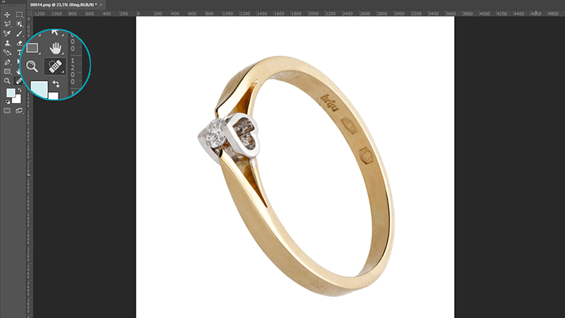 photo retouching - remove scratches on the jewelry